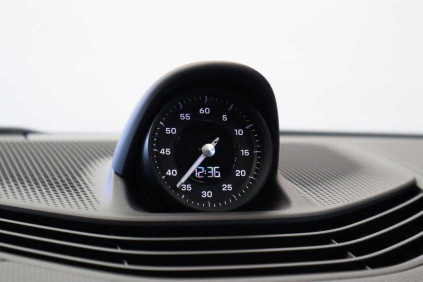 Porsche Taycan 4S Performance 571pk!   Prijs ex.btw 102.950,-   Full-Led Sport-Chrono Panoramadak Warmtepomp *tot 24 maanden garantie (*vraag naar de voorwaarden) afbeelding 18