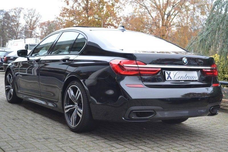 BMW 7 Serie 740d xDrive M sportpakket NP €165.000 afbeelding 4