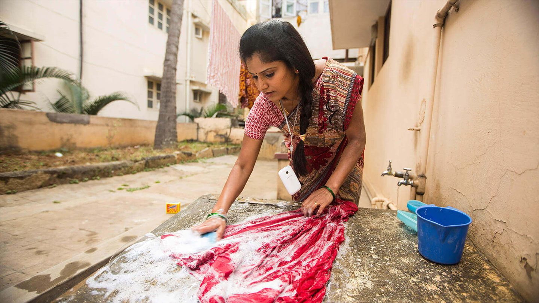 Handwashing being water efficient