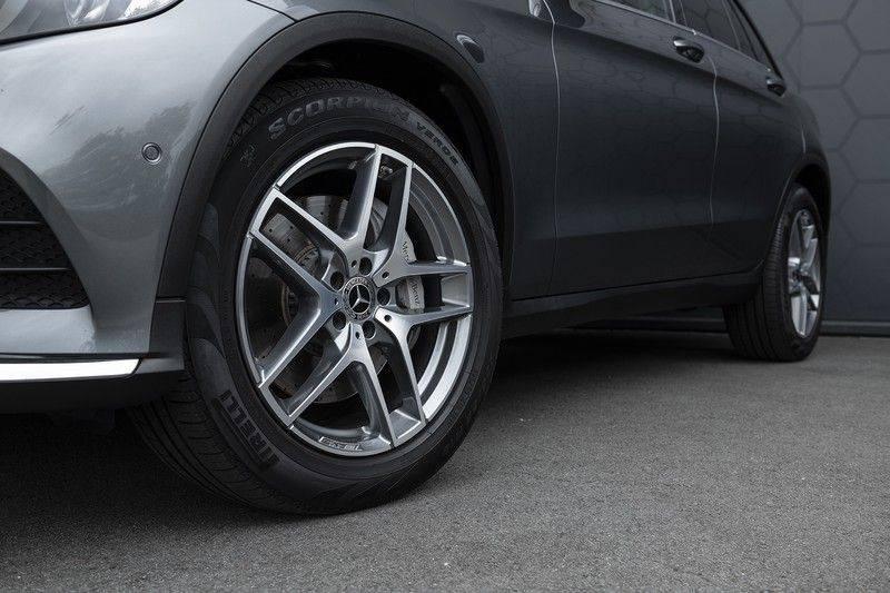 Mercedes-Benz GLC 350d AMG 4MATIC Premium Plus GLC Apple CarPlay + Verwarmde stoelen + Elektrische trekhaak + Panorama Dak afbeelding 12