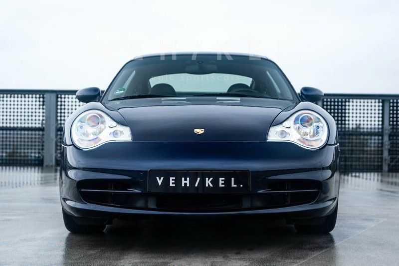 Porsche 911 3.6 Coupé Carrera 4 // Nachtblau // Mint condition afbeelding 4