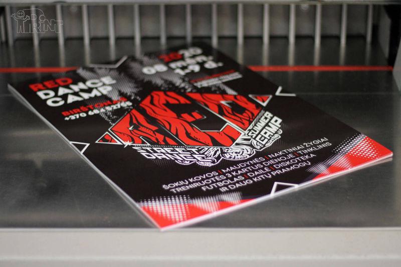 Plakatai SRA3 spausdinti su lazerine spauda