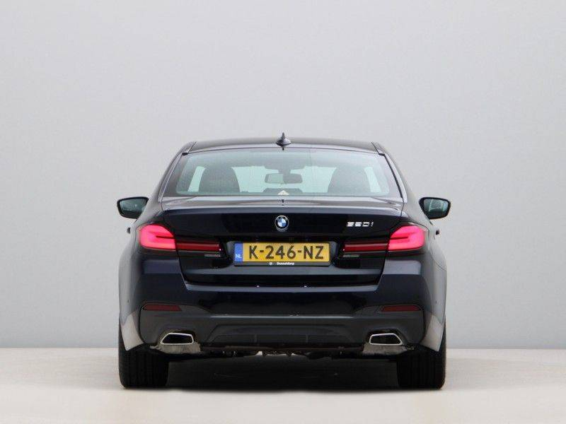 BMW 5 Serie 520i High Exe M-Sport Aut. afbeelding 10