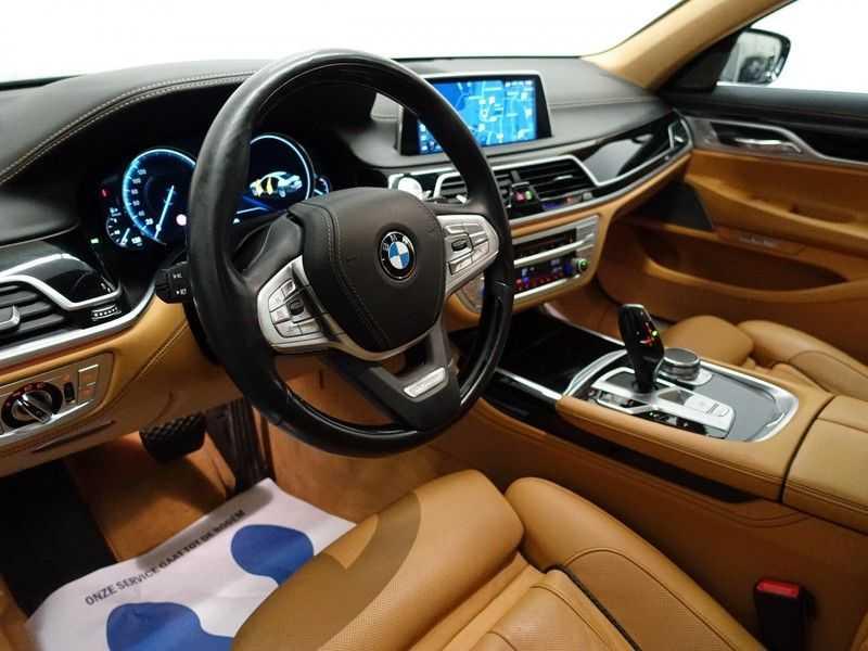 BMW 7 Serie 730d xDrive Individual 266pk M-Sport Aut8 Full options, Nw prijs €163.439,- afbeelding 11