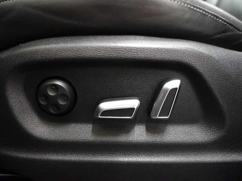 Audi SQ5 3.0 TFSI Quattro 354pk Autom- Panodak, B&O, Leer, Camera, Navi, Xenon, 21 Inch LMV afbeelding 4