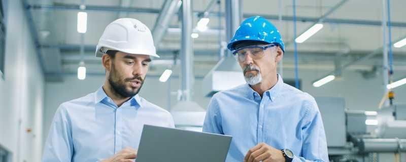 Accruent - Resources - Webinars - Handover of Engineering Information: Tackling the Challenge - Hero