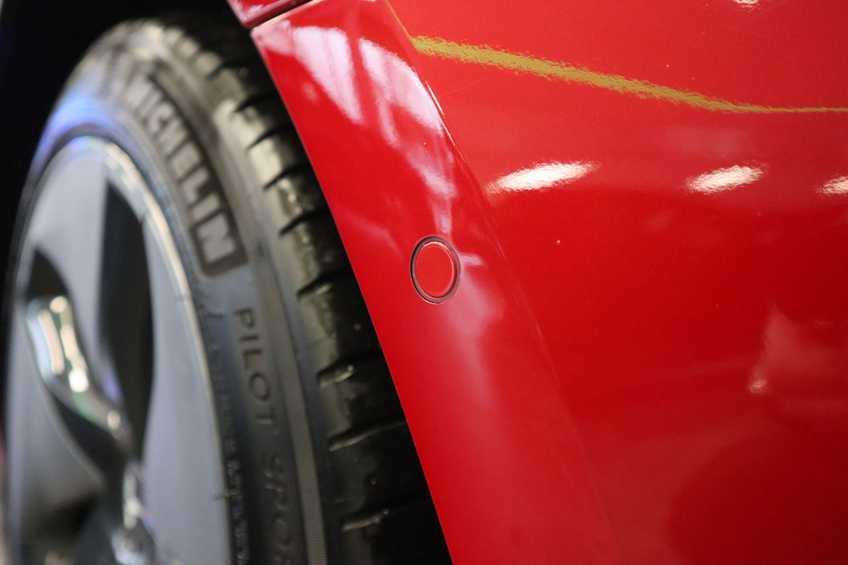 """Tesla Model 3 Long Range EX BTW FSD! Rood Zwart Navigatie 18""""LM 4% Bijtelling afbeelding 6"""