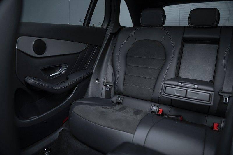 Mercedes-Benz GLC 350d AMG 4MATIC Premium Plus GLC Apple CarPlay + Verwarmde stoelen + Elektrische trekhaak + Panorama Dak afbeelding 15