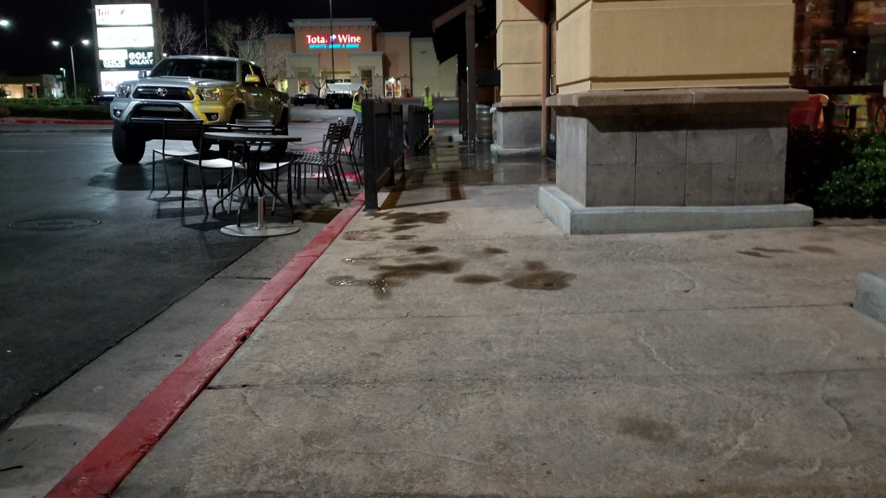 pressure-washing-cafe-rio-storefront-and-siding--cleaning-32