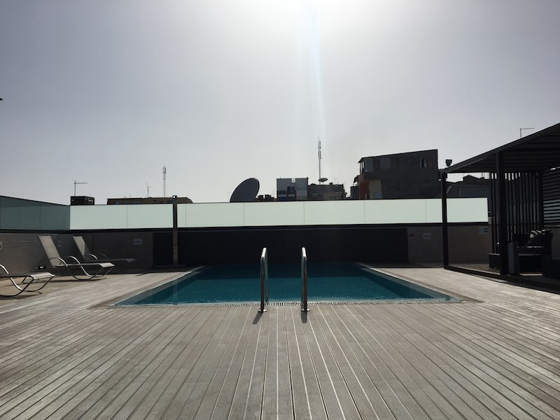 Rooftop pool at Hotel Pérola