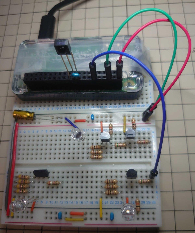 NPNトランジスタ 2SC1815回路とラズパイを接続する