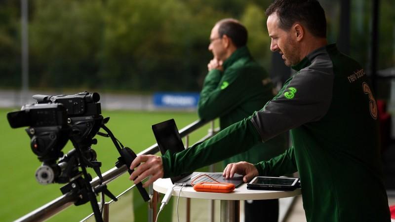 フットボール・アソシエーション・オブ・アイルランドの試合での映像撮影ステーション