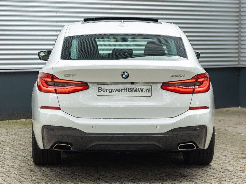 BMW 6 Serie Gran Turismo 630i High Executive - M-Sport - Luchtvering - Facelift - Panorama afbeelding 6