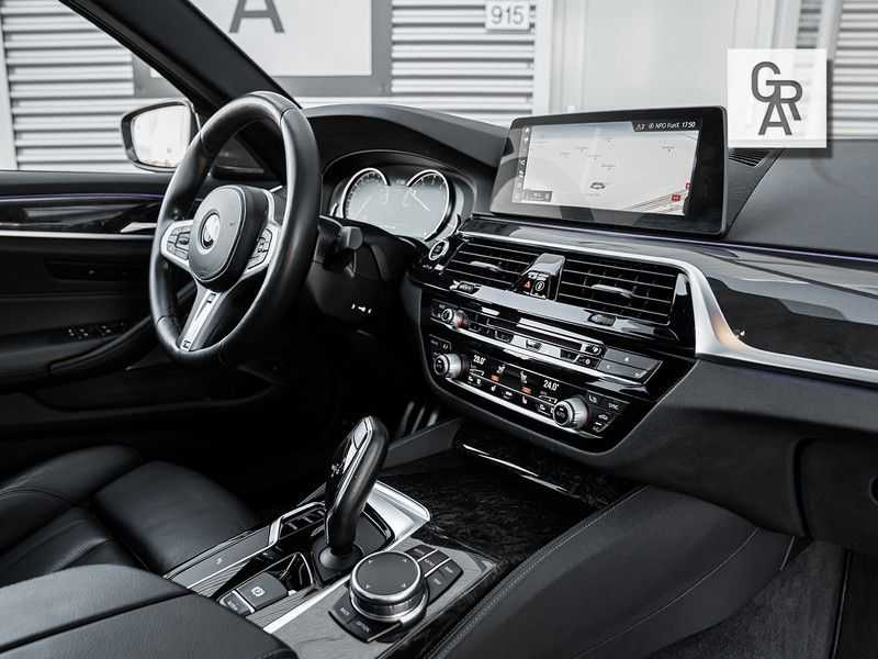 BMW 5 Serie 540i xDrive High Executive afbeelding 12