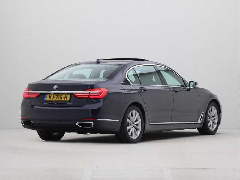 BMW 7 Serie 740Le PHEV High Executive Automaat afbeelding 10