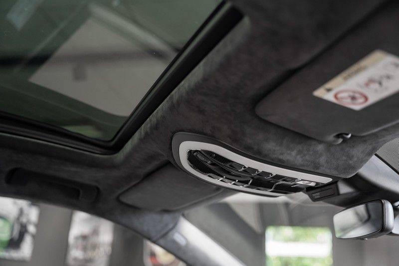 Porsche Macan GTS Krijt Bose Luchtvering Pano trekhaak 2.9 GTS afbeelding 24
