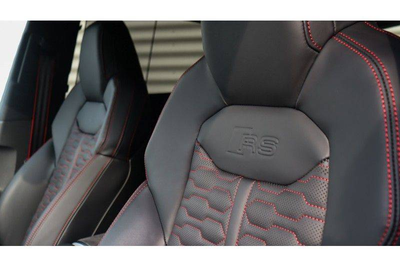 Audi RS Q8 4.0 TFSI Quattro RS Dynamic Plus, B&O, Keramisch, Panoramadak afbeelding 16