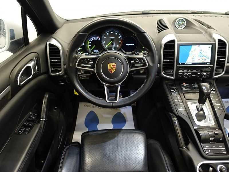 Porsche Cayenne 3.0 S E-Hybrid Sport Chrono Plus 334pk Aut, Pano, Leer, Camera, Full! afbeelding 24