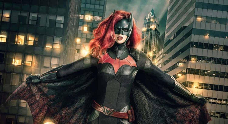 Ruby Rose como Batwoman na serie homonima do The CW