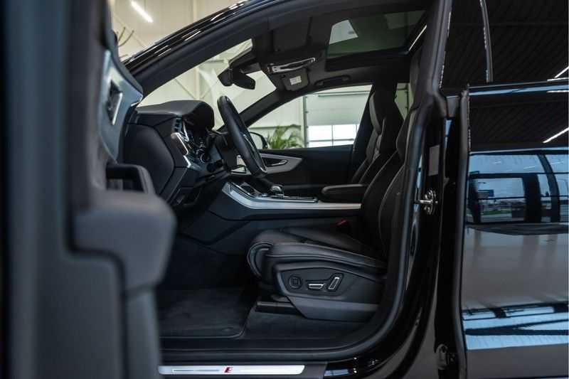 Audi Q8 55 TFSI quattro 3x S-line | PANO | 4 wielsturing | Tour | Trekhaak | Matrix LED | afbeelding 10