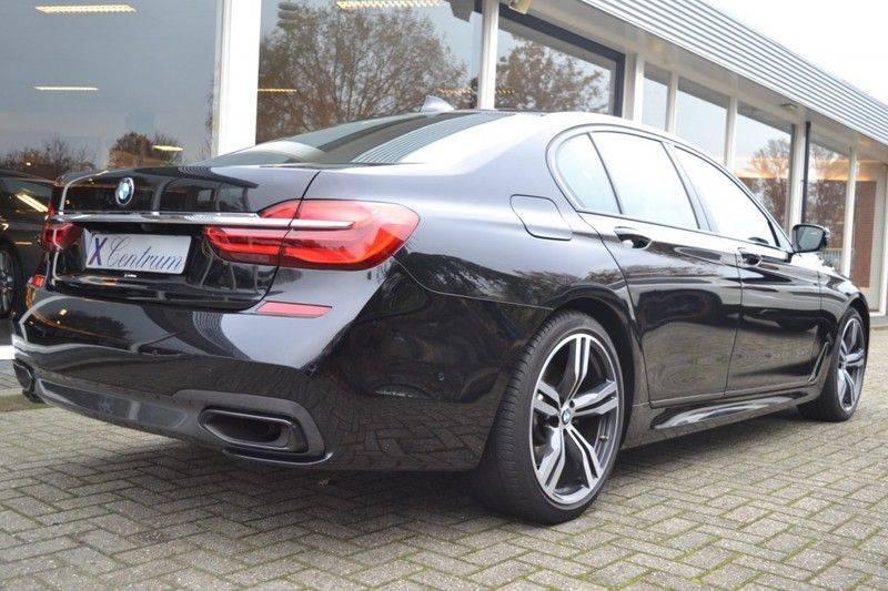 BMW 7 Serie 740d xDrive M sportpakket NP €165.000 afbeelding 3