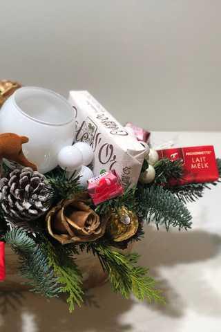 Langwerpig xxl wit kerststuk