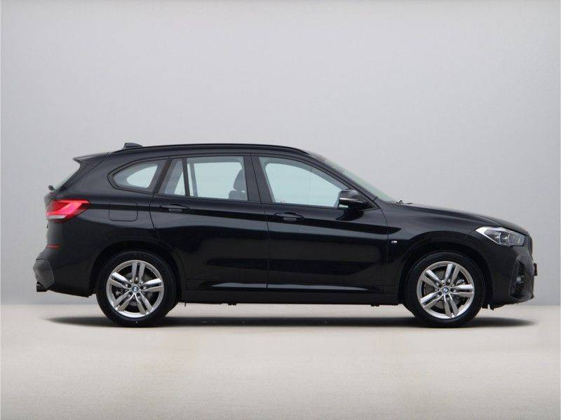 BMW X1 xDrive20i M Sport High Executive afbeelding 8