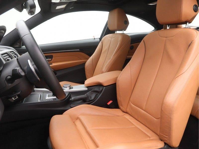 BMW 4 Serie Coupé 440i High Executive M-Sport afbeelding 5