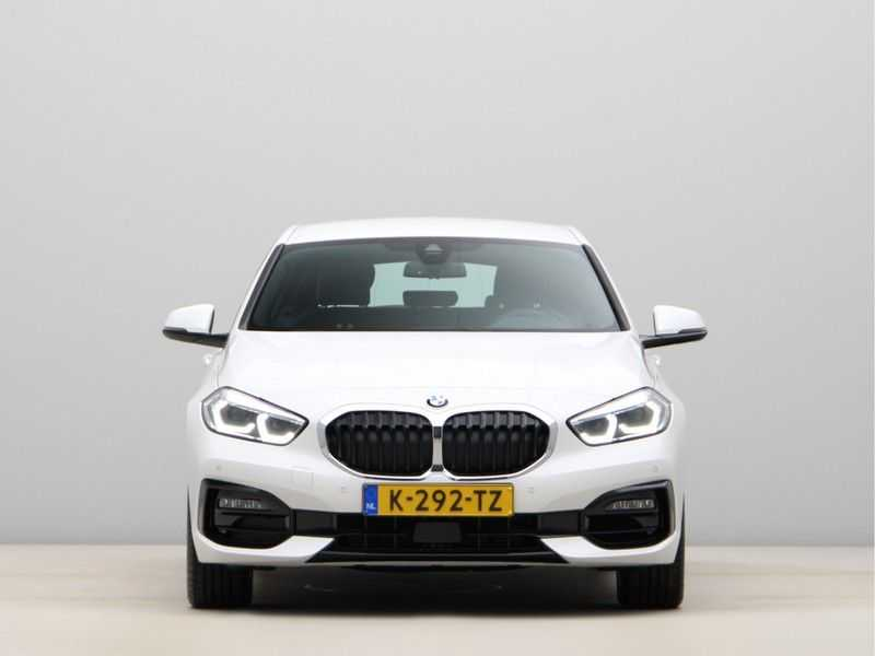 BMW 1 Serie 118i High Executive Edition Sport Line afbeelding 2
