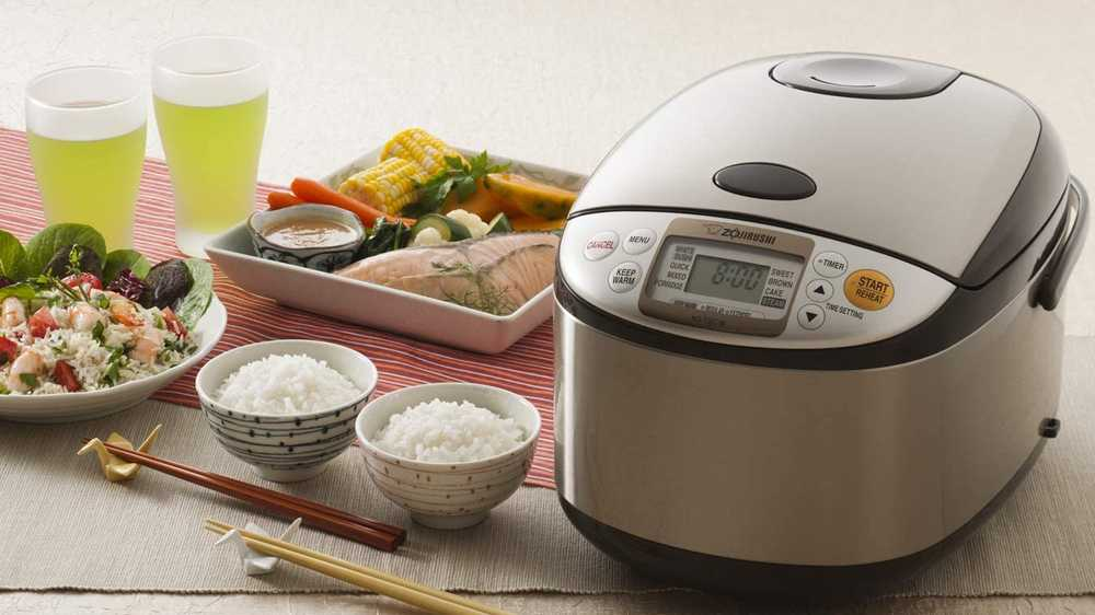 Cooking rice with a rice cooker