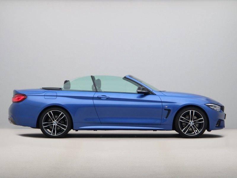 BMW 4 Serie Cabrio 430i High Exe M-Sport afbeelding 6