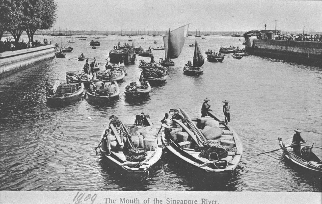 Twakows on the Singapore River, 1900s