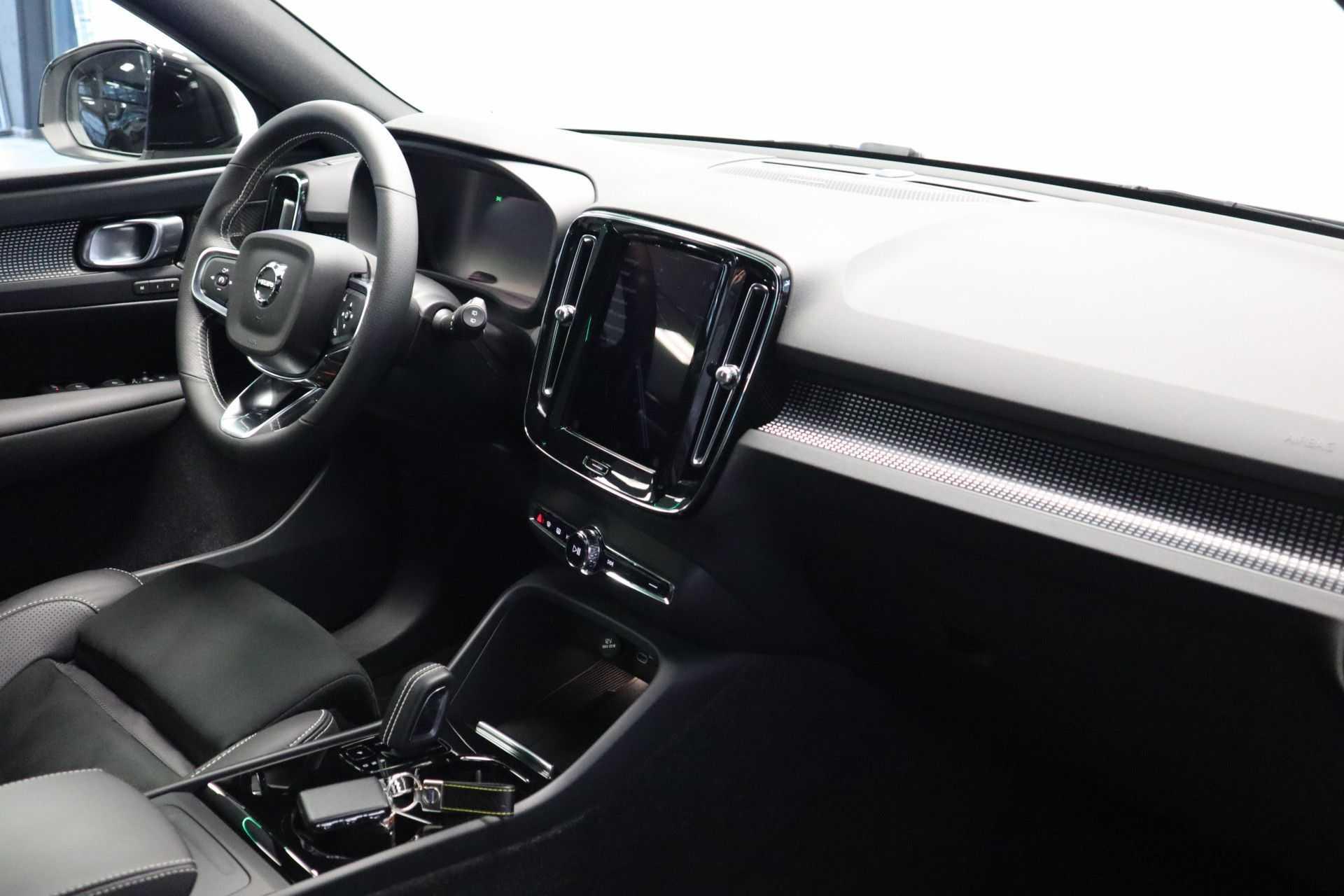 "Volvo XC40 Recharge P8 AWD R-Design EX BTW! Panoramadak 360 Camera 20""LM 8% Bijtelling Direct Leverbaar afbeelding 25"