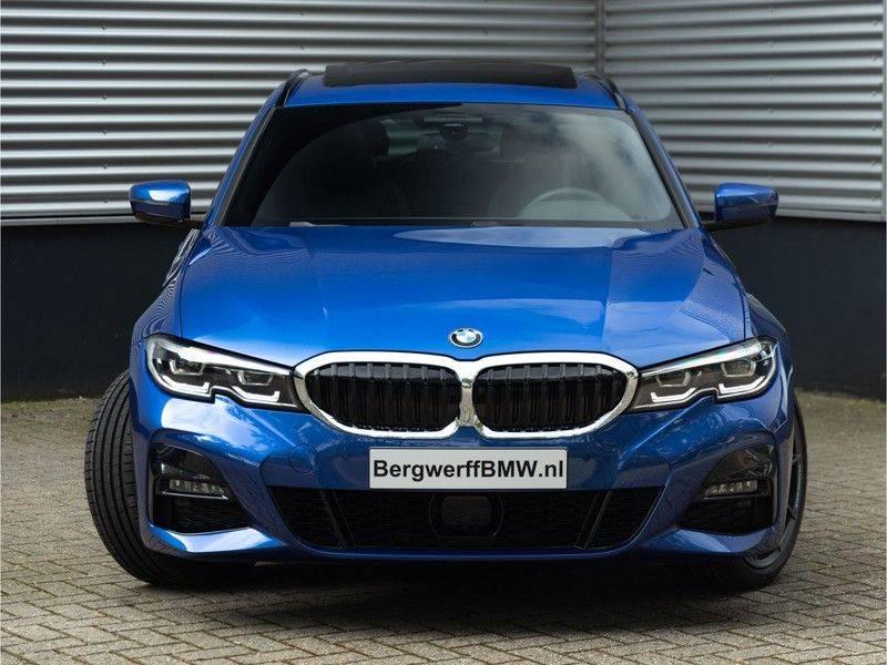 BMW 3 Serie Touring 330i M-Sport - Panorama - ACC - Hifi - DAB afbeelding 5