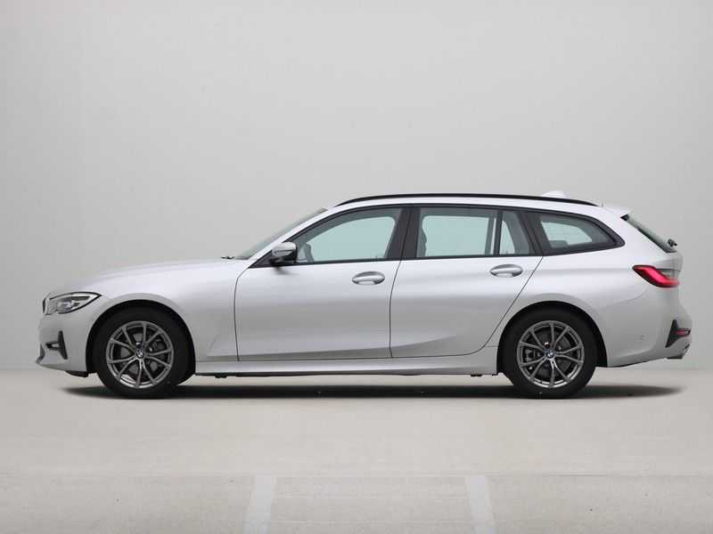 BMW 3 Serie Touring 318i High Executive Sport Line Automaat afbeelding 11