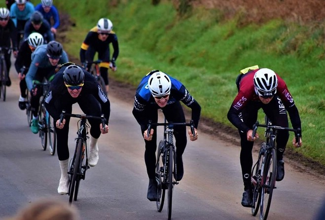 Image of Ben Swift winning Manx Viking Hamper Race