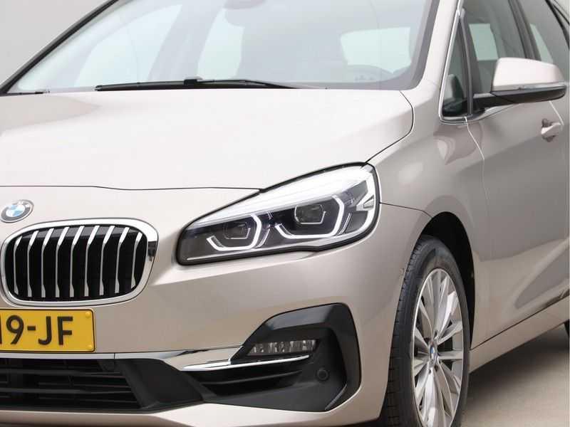 BMW 2 Serie Active Tourer 218i High Executive Luxury Line Panoramadak afbeelding 22