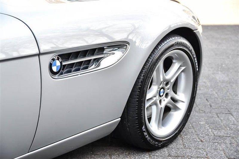 BMW Z8 ROADSTER 5.0-V8 ZWART/ROOD LEDER afbeelding 20