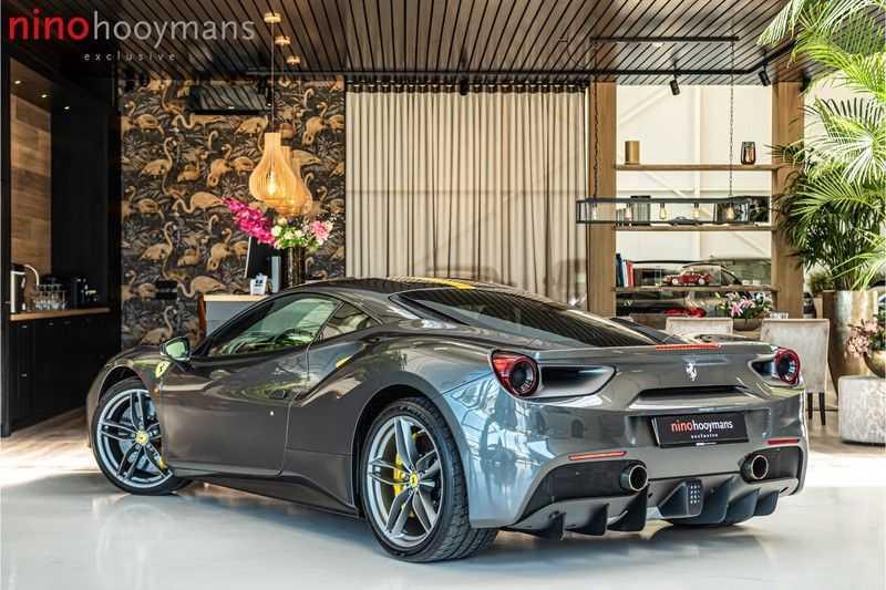 Ferrari 488 3.9 GTB HELE | Carbon | Passenger Display | Lifting | NP350.000,- afbeelding 13