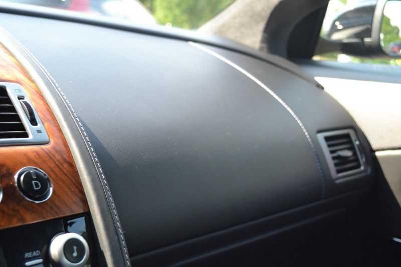 Aston Martin DB9 5.9 V12 afbeelding 10