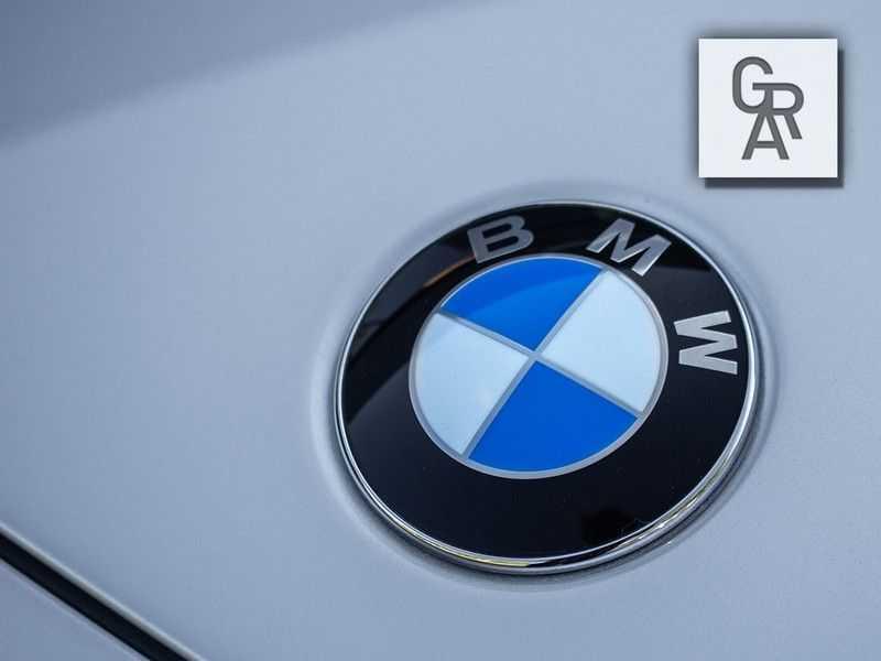 BMW Z8 | Rood leder | Origineel | Concours staat afbeelding 20