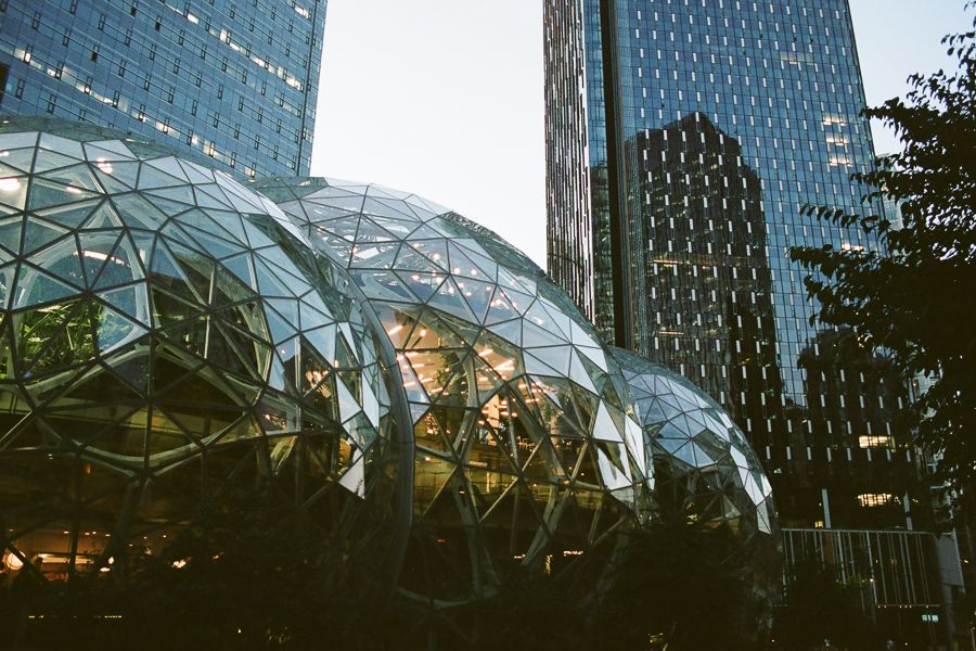 Amazon building that's three big glass globes.