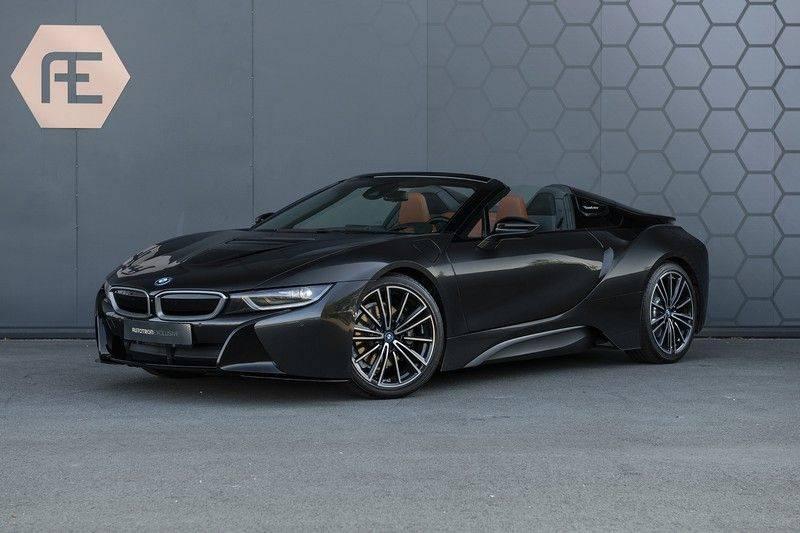 BMW i8 Roadster Dry Carbon, Carbon interieur afwerking, Accaro fijn nappa leder, Progressive package , Laser LED Koplampen afbeelding 2