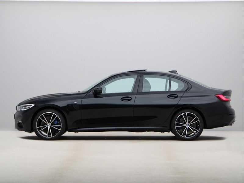 BMW 3 Serie 330e High Exe M-Sport Aut afbeelding 14