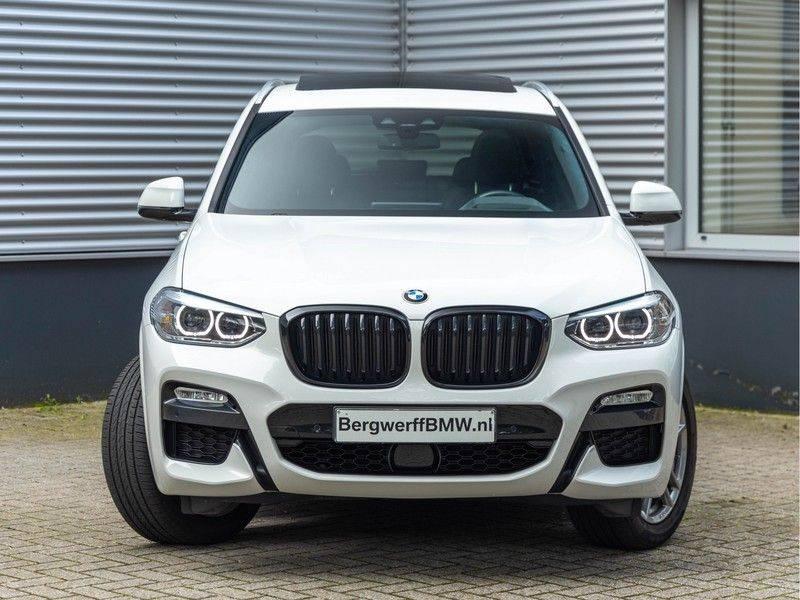 BMW X3 xDrive30i M-Sport - Trekhaak - ACC - Panorama - Head-up - Standkachel afbeelding 5