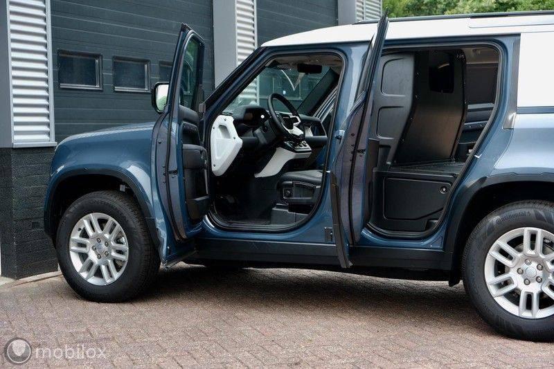 Land Rover Defender 3.0 D250 110 MHEV S | grijs kenteken afbeelding 11