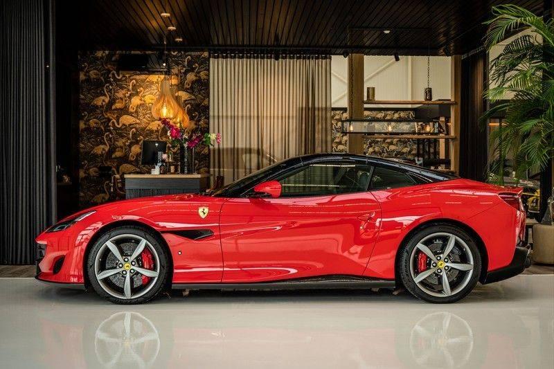 Ferrari Portofino 3.9 V8 HELE   TwoTone Exclusive   Carbon   Passengerdisplay   Memory   Sportstoelen afbeelding 2