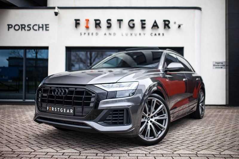 """Audi Q8 50 TDI Quattro *S-line / 23"""" / Panorama / Matrix-LED / Standkachel* afbeelding 1"""