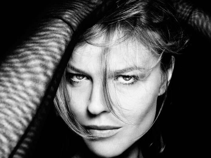 Elisabetta Cavatorta Stylist - Eva Herzigowa - Rankin
