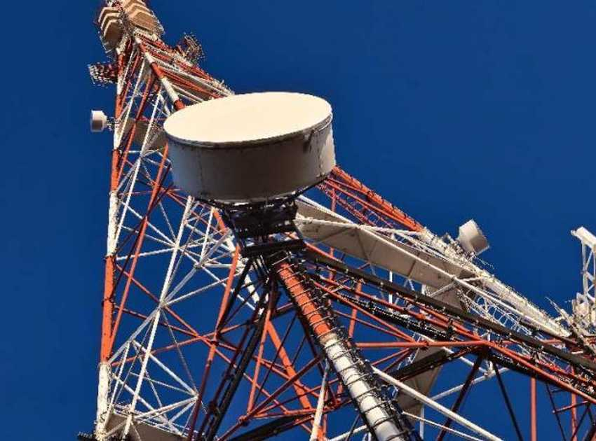 Accruent - Resources - Blog Entries - The Top 7 Site Access Challenges for Telcos - Hero